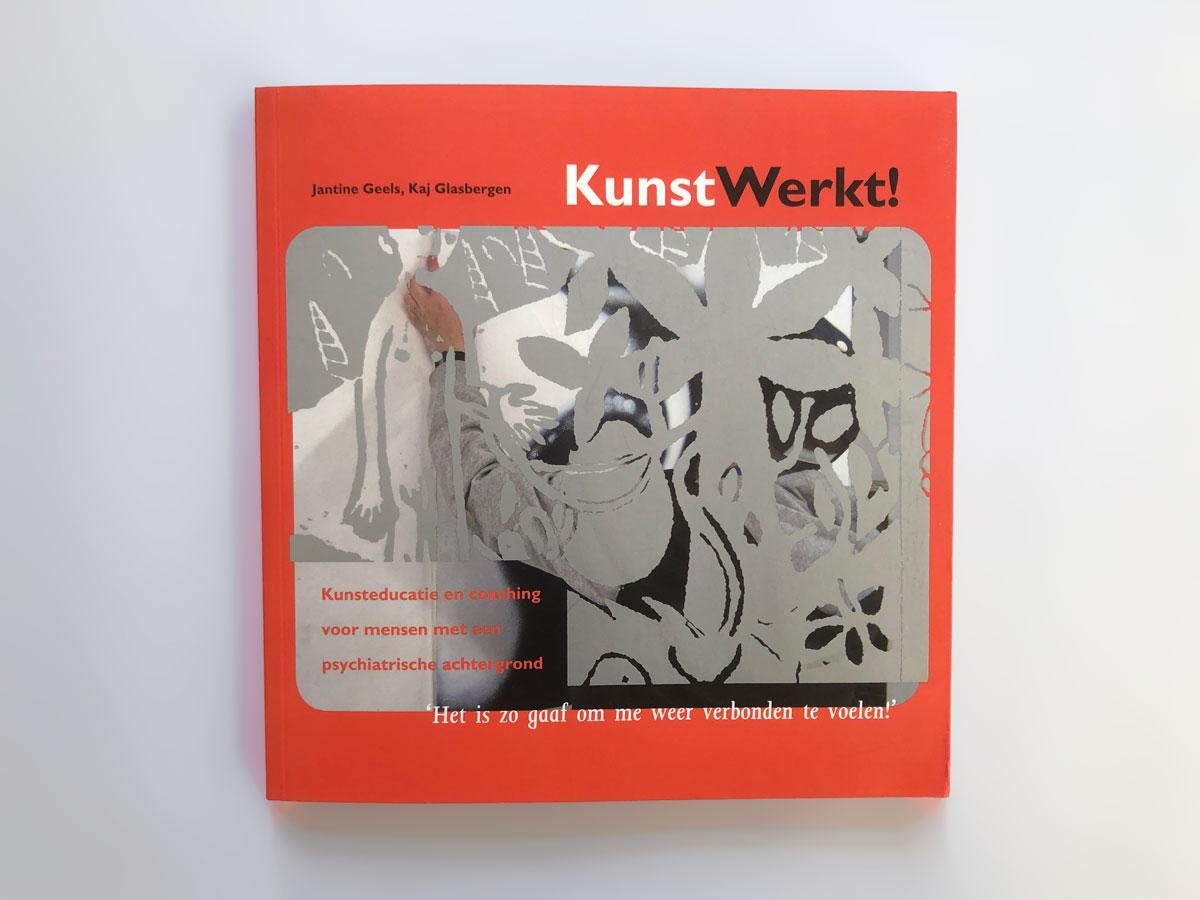 Omslag van het boek 'Kunst Werkt!'. De Monsterkamer interview Herlof Schürmann over papier..