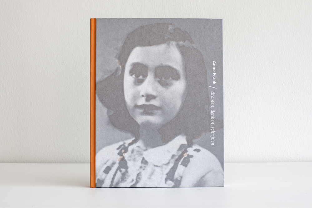 Voorkant van het boek dromen,denken,schrijven ontworpen door Joseph Plateau