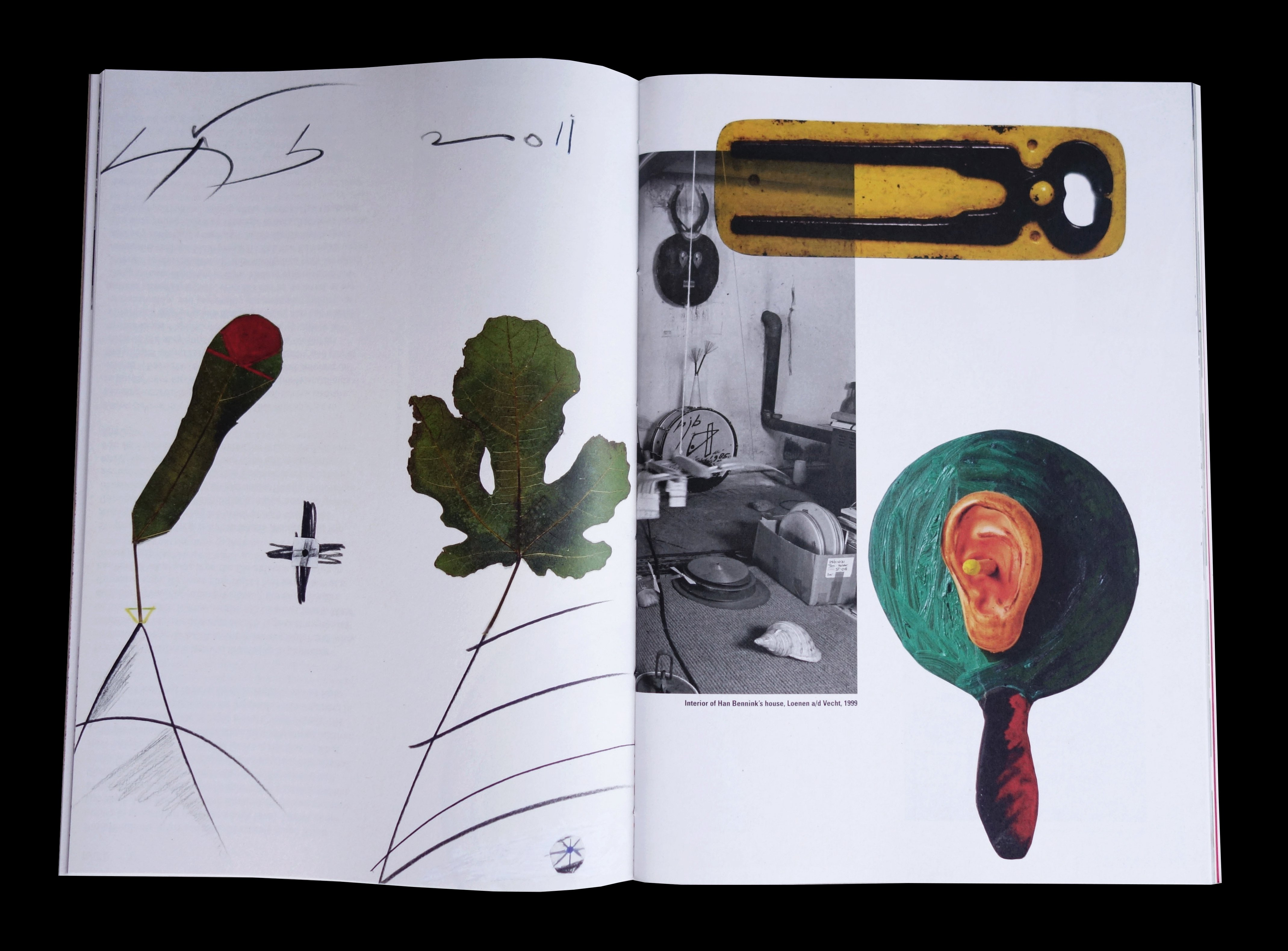 Twee pagina's uit het boek Han Bennink in samenwerking met Irma Boom. De Monsterkamer - Een interview met Tariq Heijboer