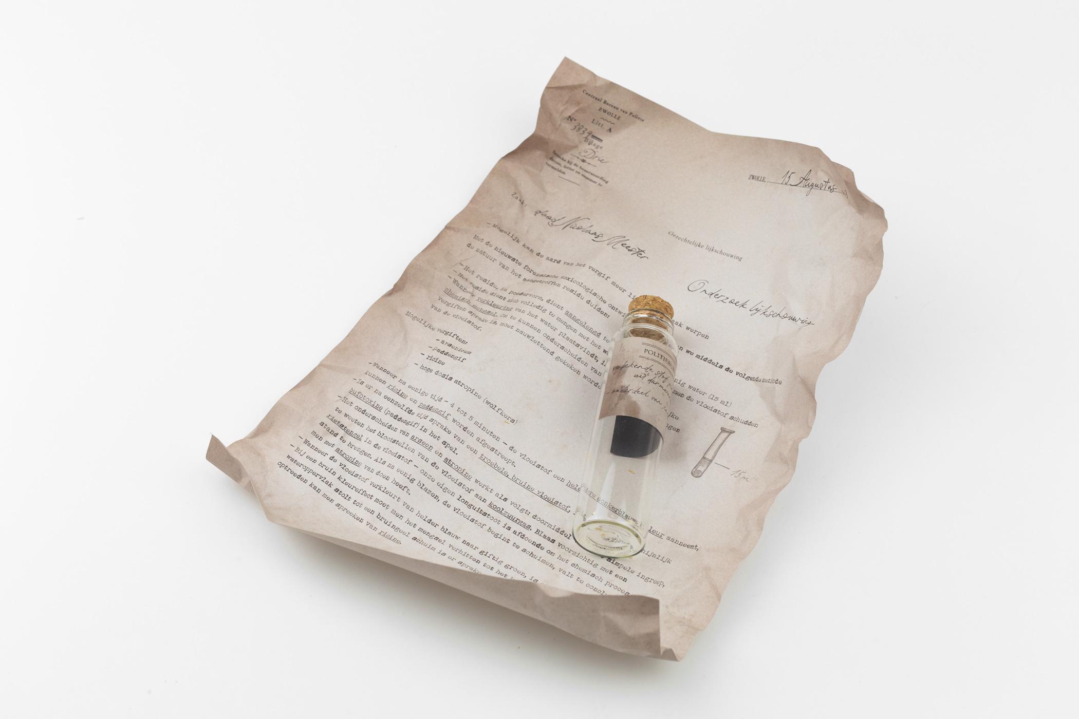 Studio Stamp kwam naar De Monsterkamer om papier vinden voor de puzzel Meester, 1883. Verhalen door middel van puzzel en interacties