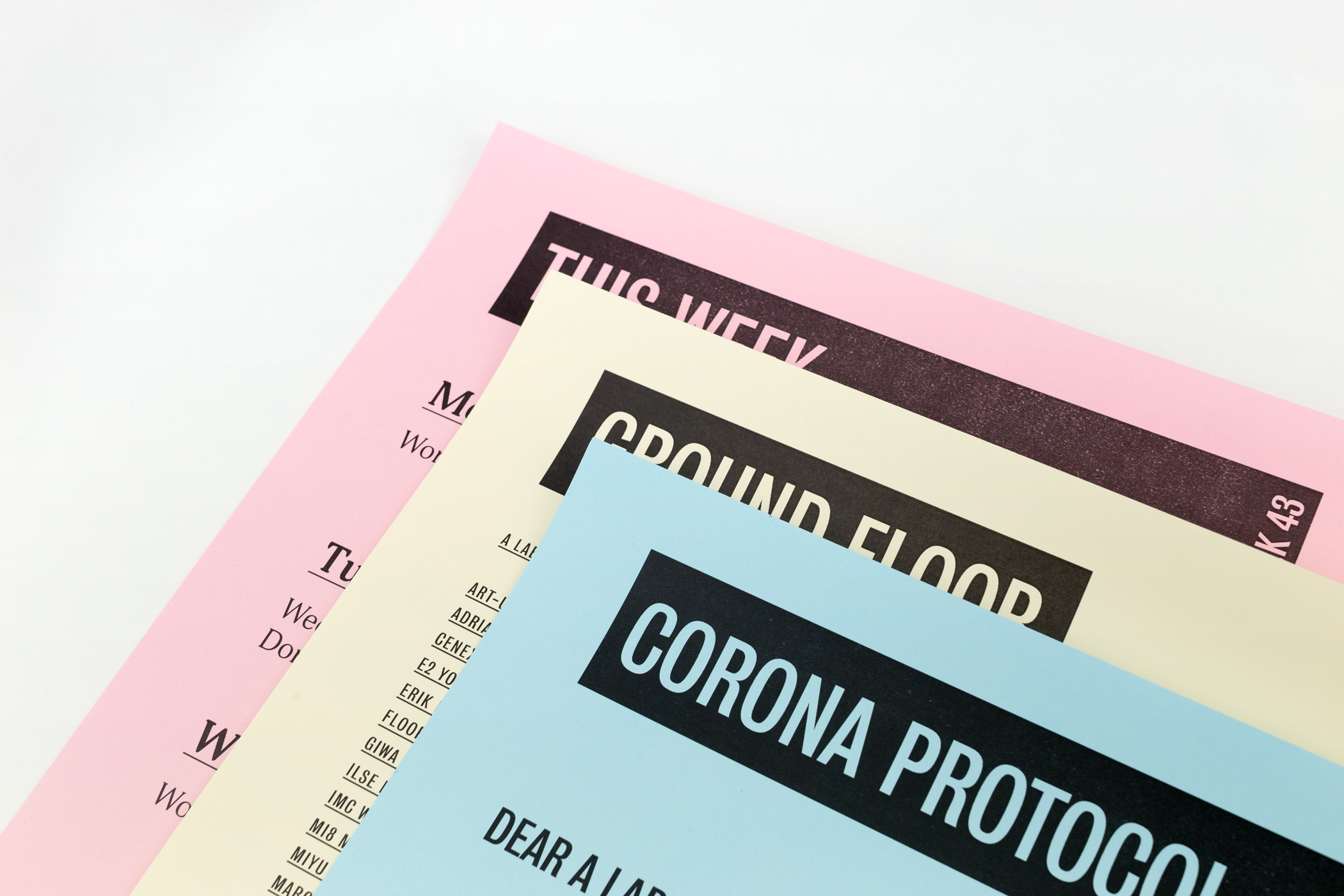 Zeppa kwam langs in de Monsterkamer om papier uit te zoeken voor Posters voor A Lab. Voor A Lab heeft Zeppa een huisstijl ontworpen.