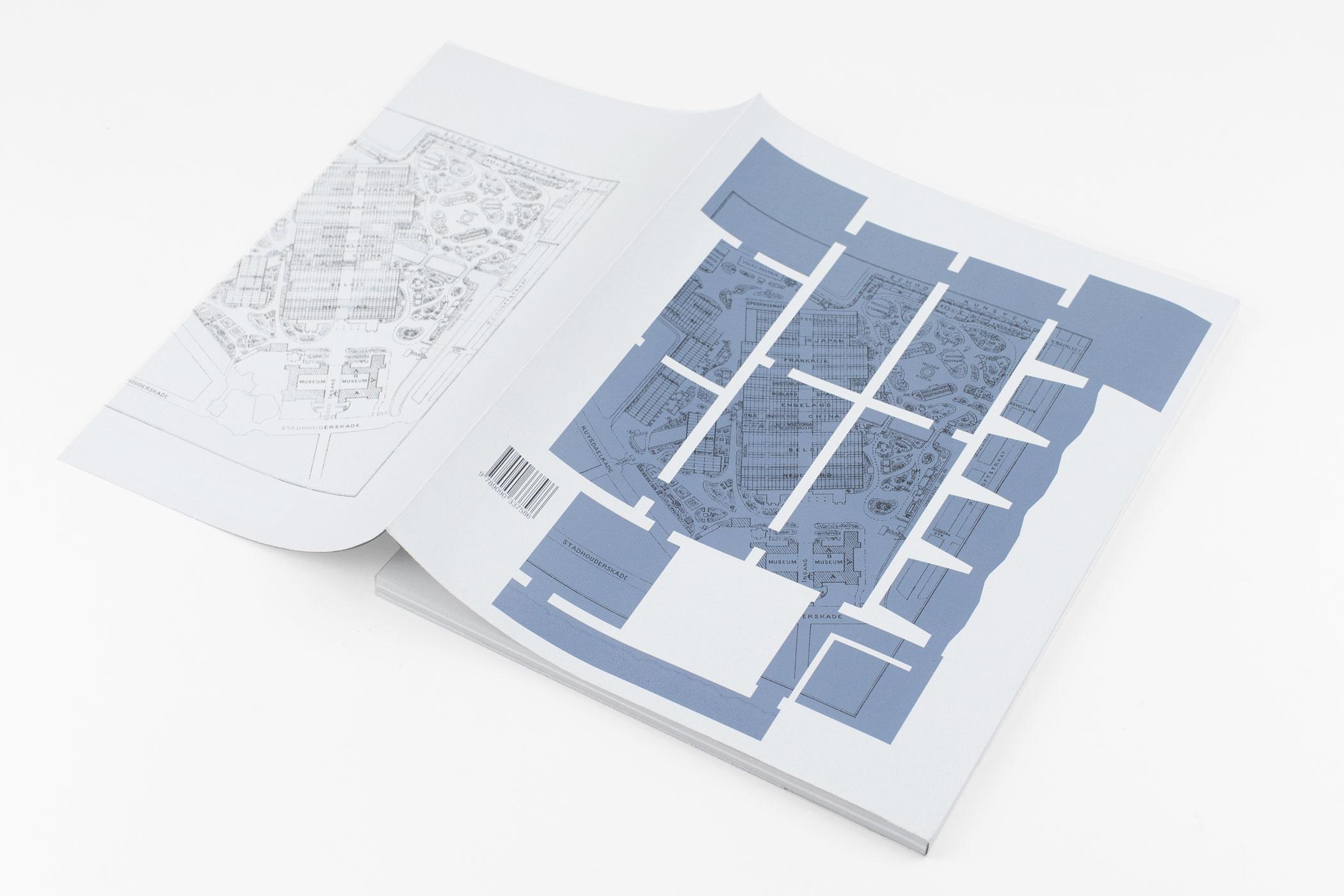 Jan Pieter Karper kwam op bezoek bij de Monsterkamer om papier uit te zoeken voor Visit (1883–2020). Timo Demollin. Bekroond bij deBVB 2020.