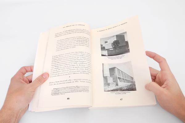 Nos Trópicos seem Le Corbusier, book spread